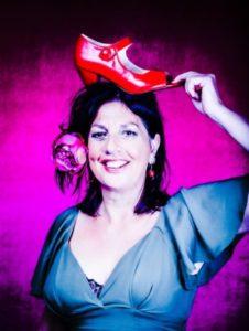 Mariët Bloemendal volg de rode schoentjes