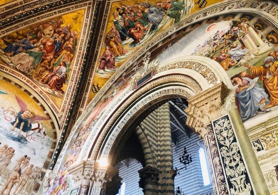 Orvieto en haar duomo met fresco`s van Luca Signorelli.